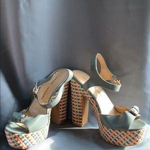 Women's Chinese Laundry Platform Sandals